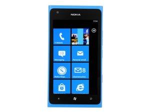 440x330-nokia-lumia-900-front
